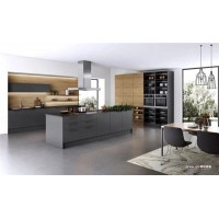 当法国司米橱柜遇上颜值质量兼具的烤漆门板,让厨房瞬间拥有轻奢质感